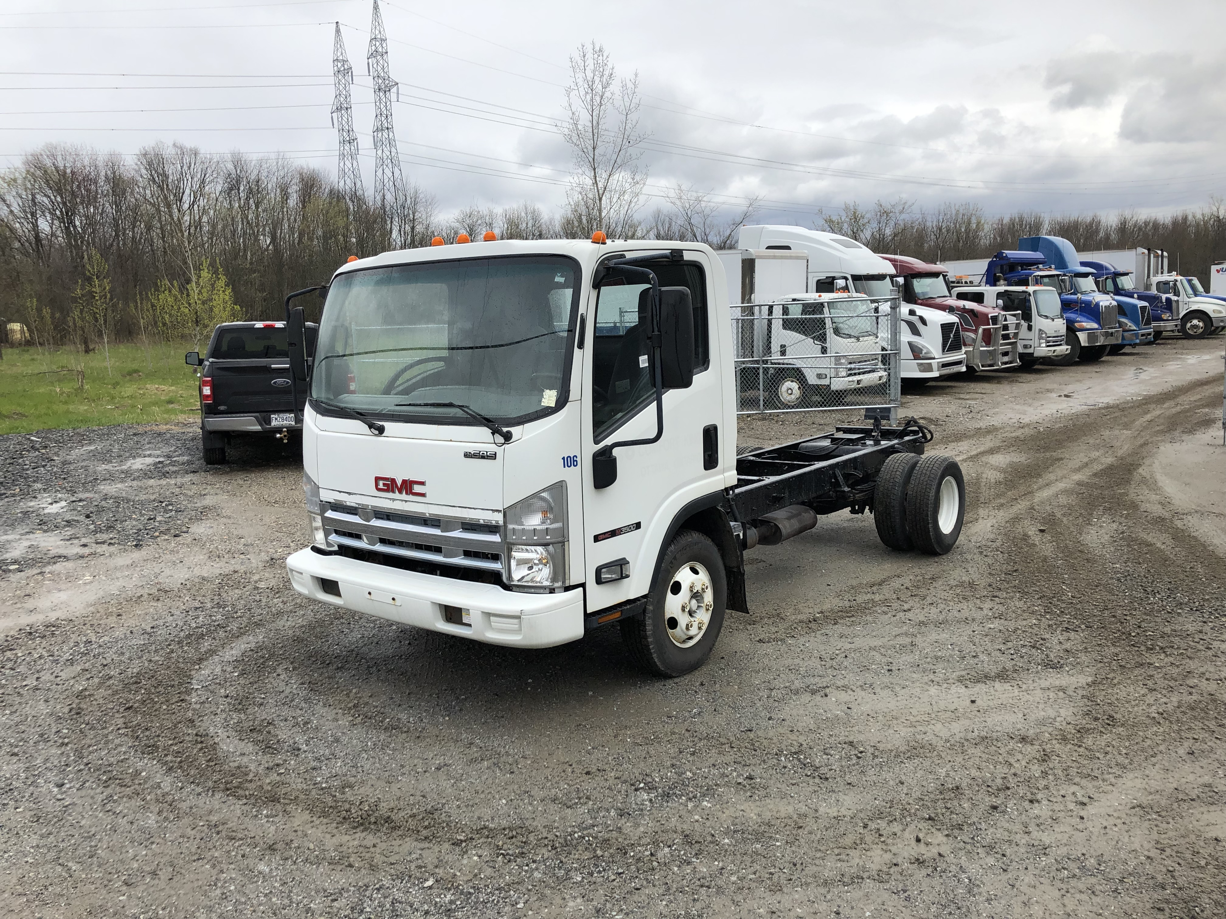 2008 GMC W3500 Cab & Chassis